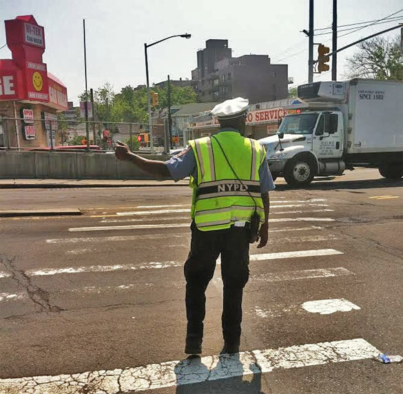 Traffic agents were at the intersection today. (Source: Deutsch's office)